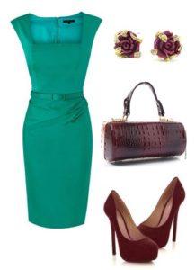 зеленое платье с бордовыми туфлями