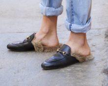 лоферы с мехом и джинсами