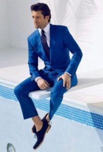 Стильный образ с синими туфлями