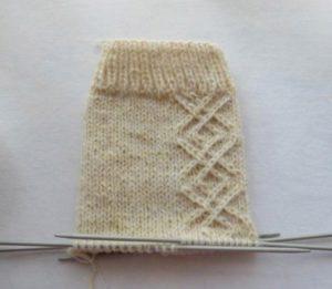 Вертикальный узор для носков