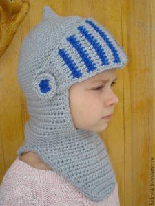 Шапка шлем для мальчика