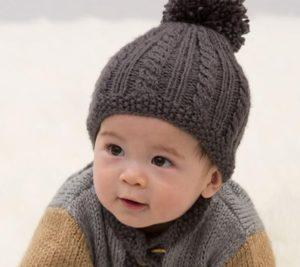 Темная шапка для мальчика