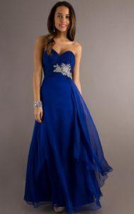 Синее платье для праздничных мероприятий