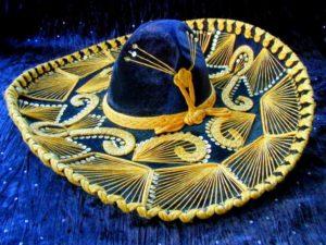Сомбреро синее с золотыми нитями
