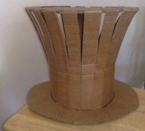 Цилиндр из картона