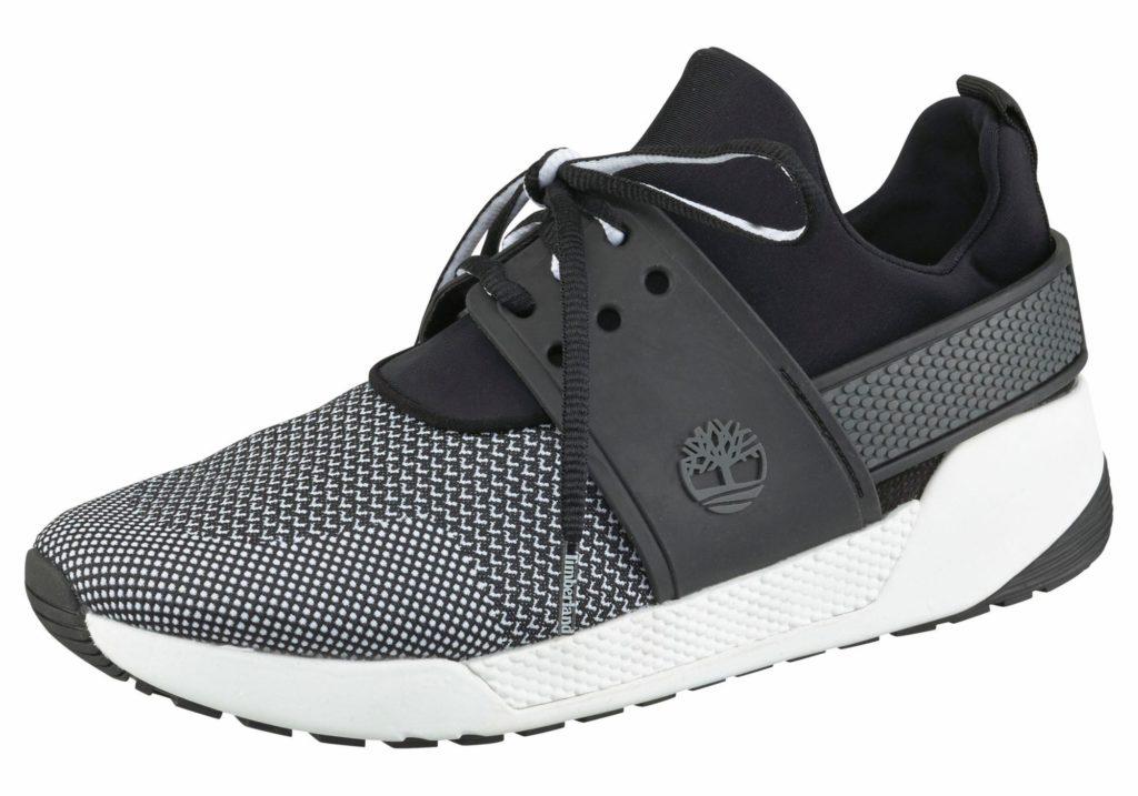Черные кроссовки Тимберленд