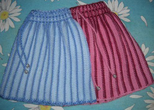 Юбки розовая и голубая