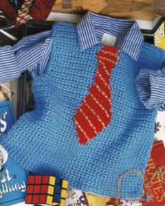 Жилетка голубая с декором галстук