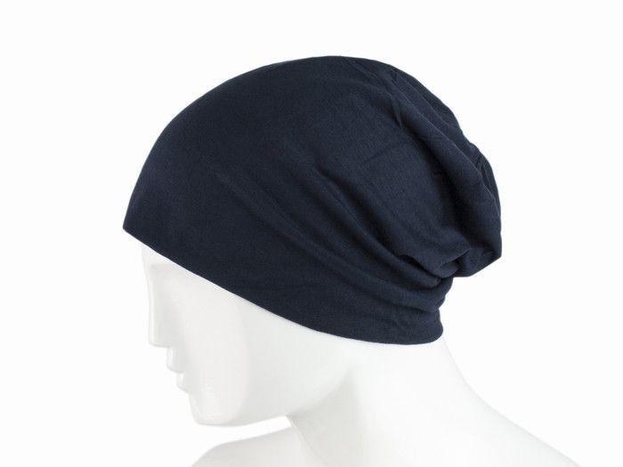 греет ли акриловая шапка