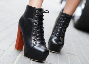 романтичные ботильоны на шнуровке