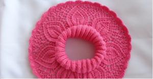 Ажурная розовая манишка