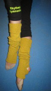 гетры для занятий танцами из старого свитера
