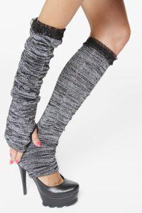Как можно носить гетры на руки и ноги по цвету
