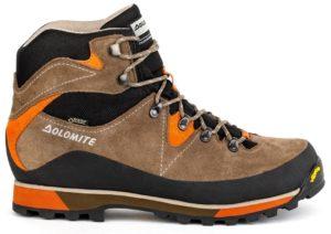 Коричневые ботинки для хайкинга