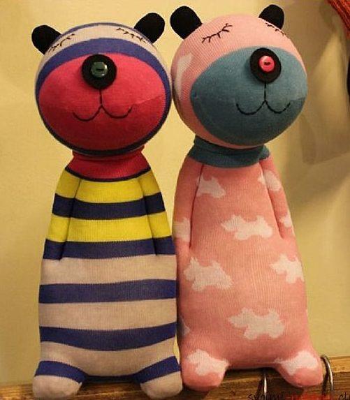игрушки из носков медведи