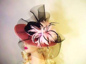 Вуаль и цветы на шляпе