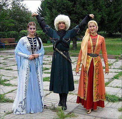 лезгинский костюм