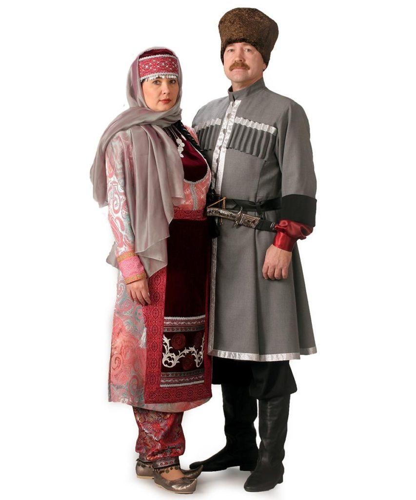 основной национальный костюм