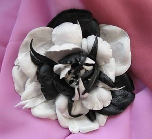 кожаные цветы для берета