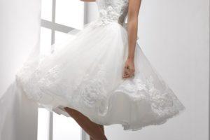 накрахмаленное платье