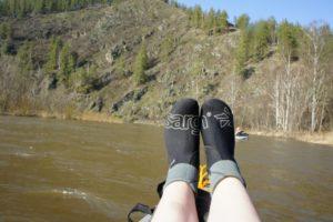 неопреновые носки при спуске на лодках
