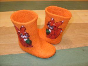 оранжевые валенки
