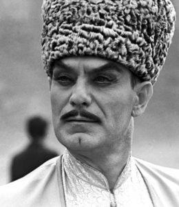 Махмуд Эсамбаев в папахе