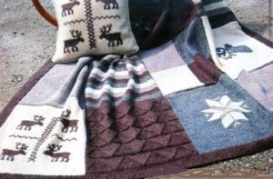 плед из свитеров