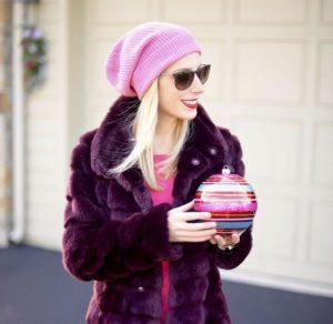 розовая шапка с шубой