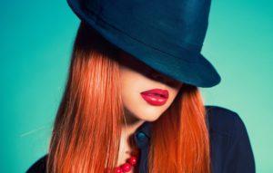 шляпа под рыжие волосы