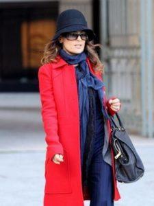 шляпа клош с красным пальто