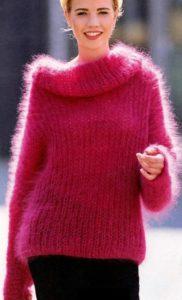 Красный свитер из мохера