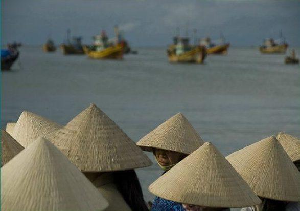 Вьетнамские шляпы