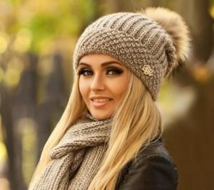 вязаня шапка