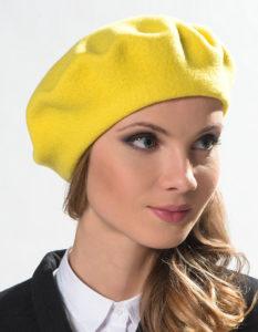 желтый берет