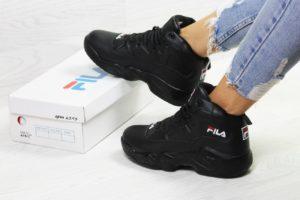 женские черные зимние кроссовки