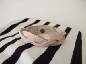 Кожаные плетенные украшения