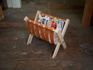 Журнальный столик или интересная мини-табуретка из кожаных полос