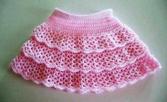 Розовая ажурная юбка короткая