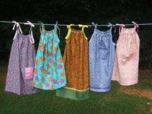платья сушатся
