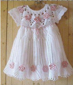 Детское белое платье модель 1