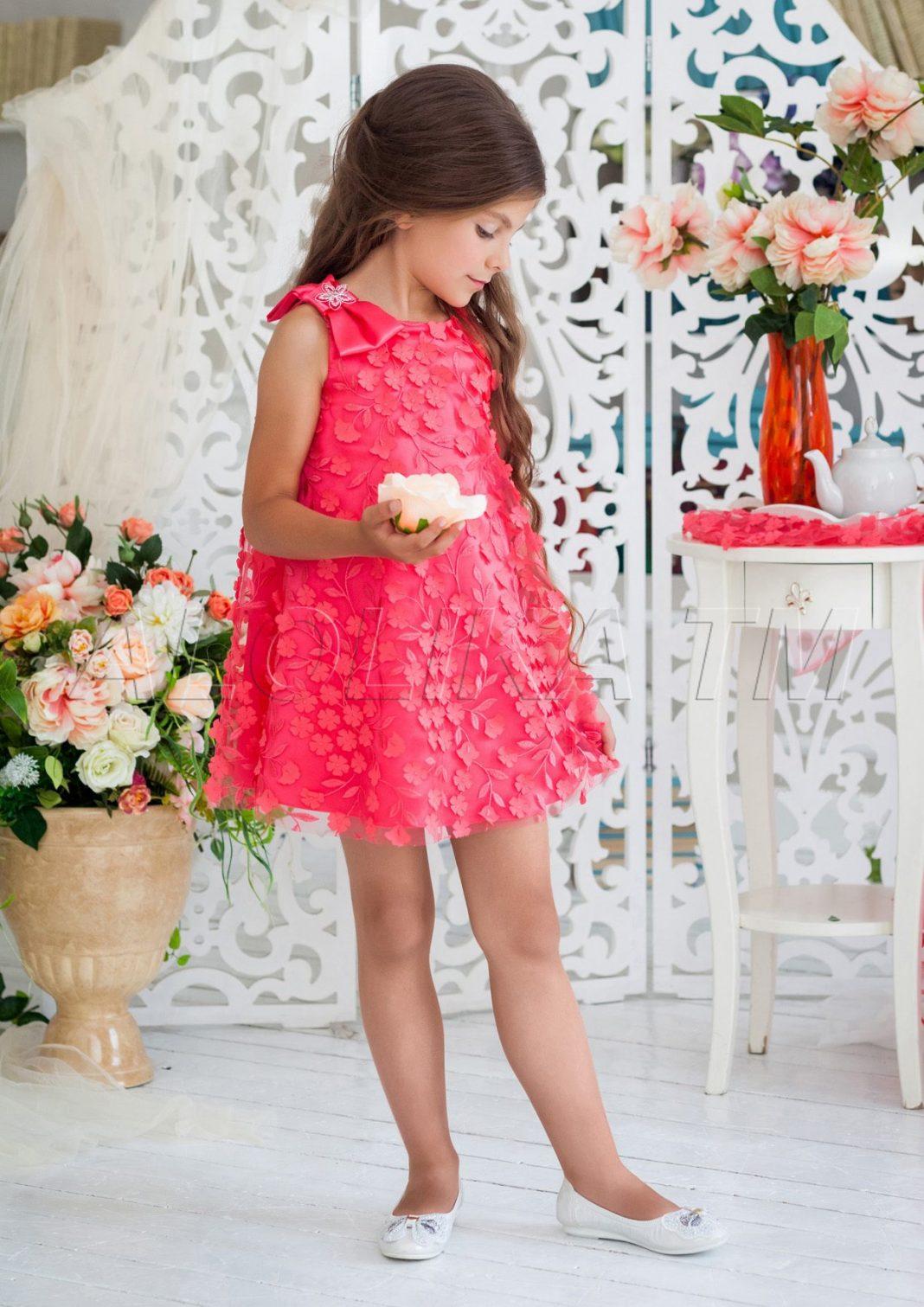 Детское красное платье