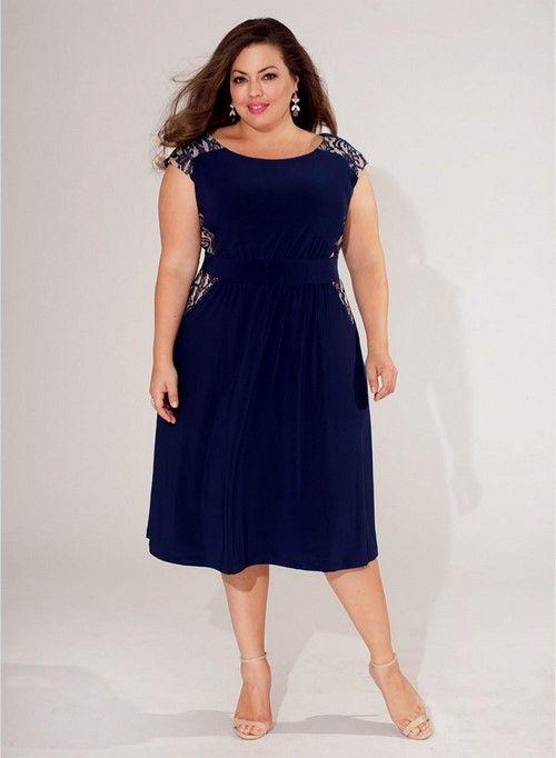 Темно-синее платье для полных дам