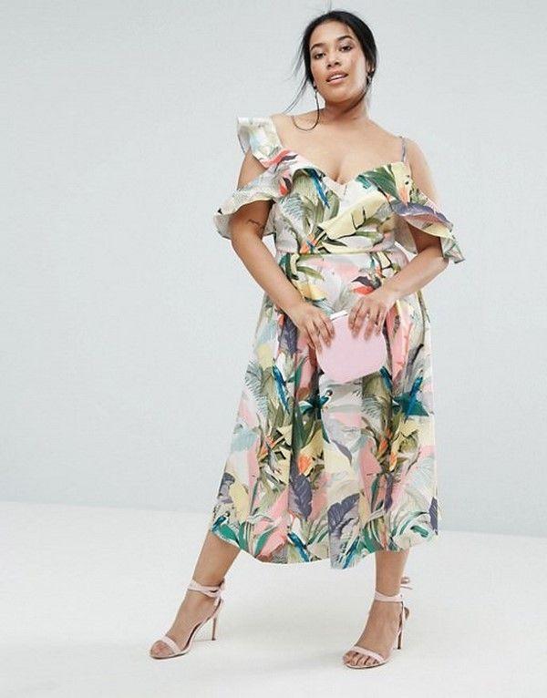 Цветное легкое платье на лето
