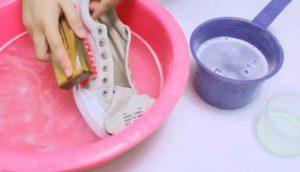 замачивание кроссовок
