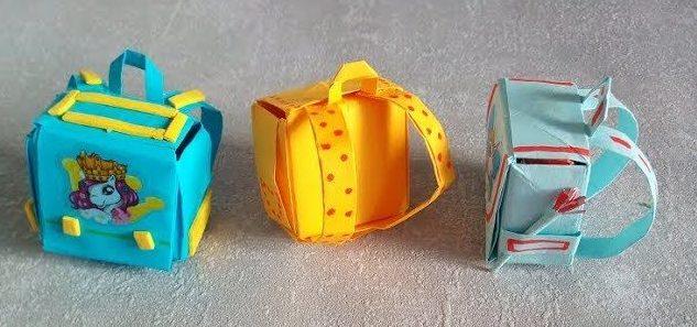 Разноцветные портфели рюкзаки для кукол