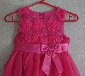 Как завязать бант на платье девочке