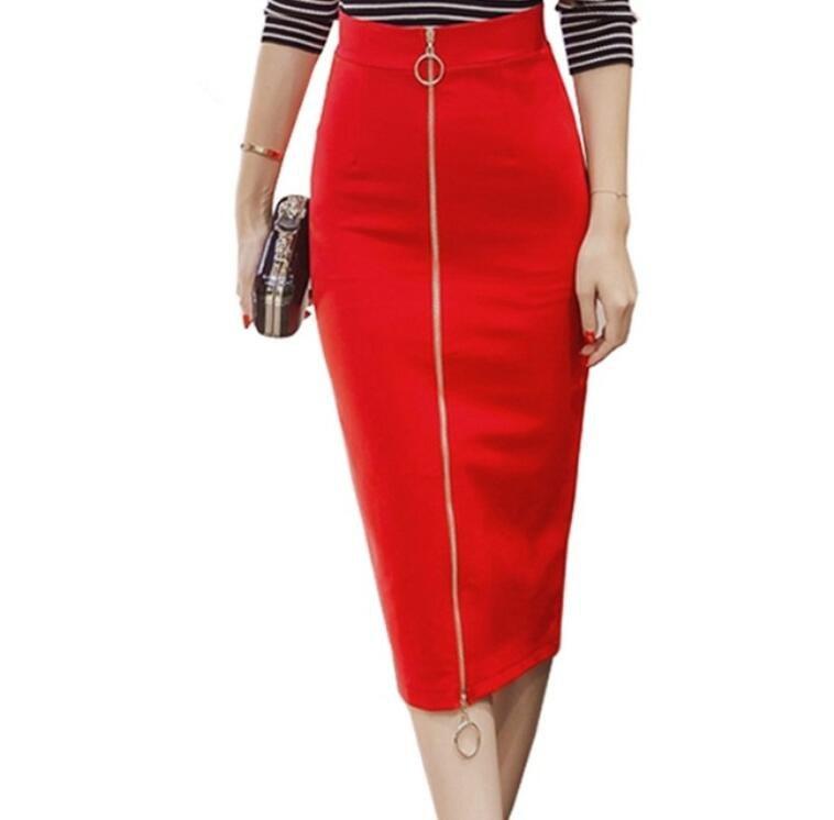Красная юбка-карандаш на молнии
