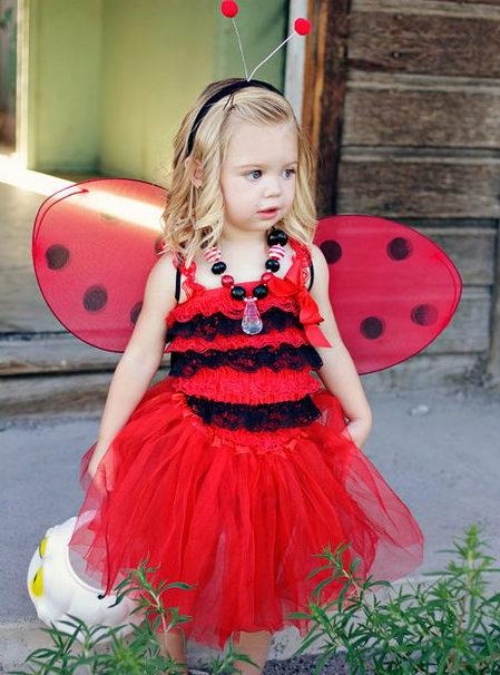 Красное платье с юбкой туту