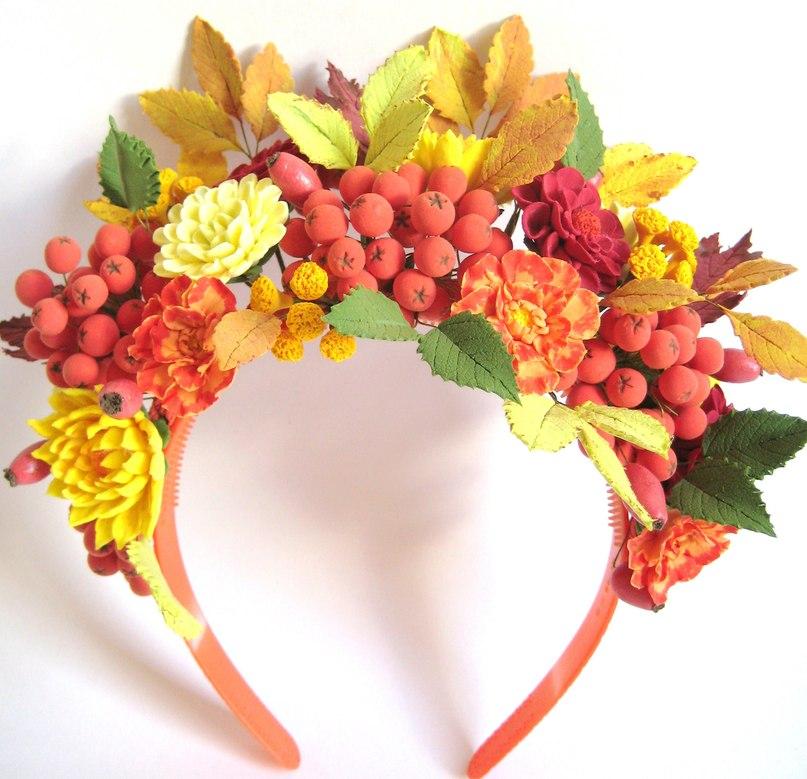 Ободок к костюму листика с ягодами